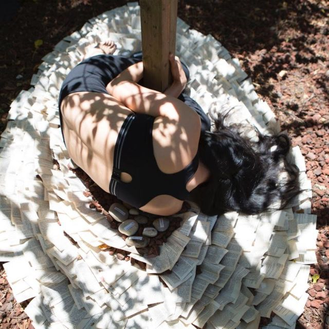 "Violeta working on ideas for 35F in her backyard: the ""nido de papel"" / ""paper nest"" (photo Roberto Varea)"